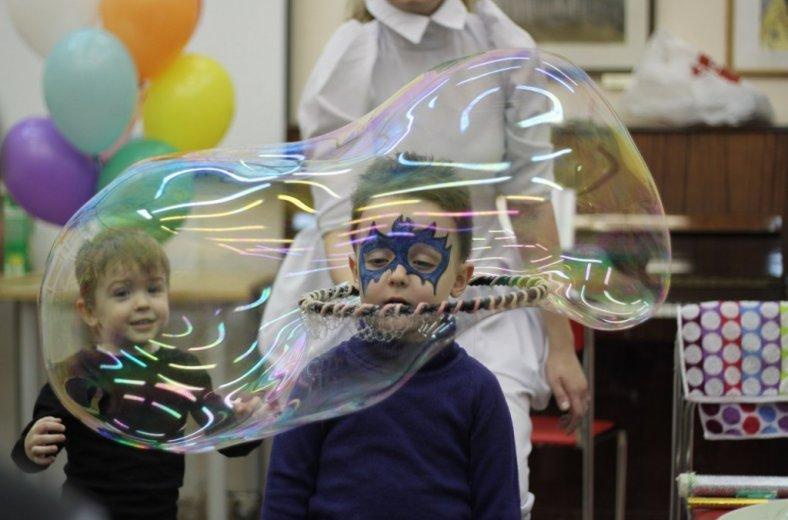 Фото с детского праздника. Ссылка на описание