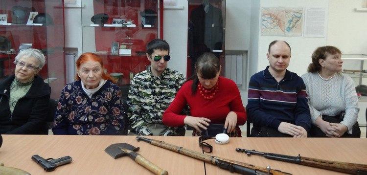 Фото с экскурсии для незрячих. г. Екатеринбург